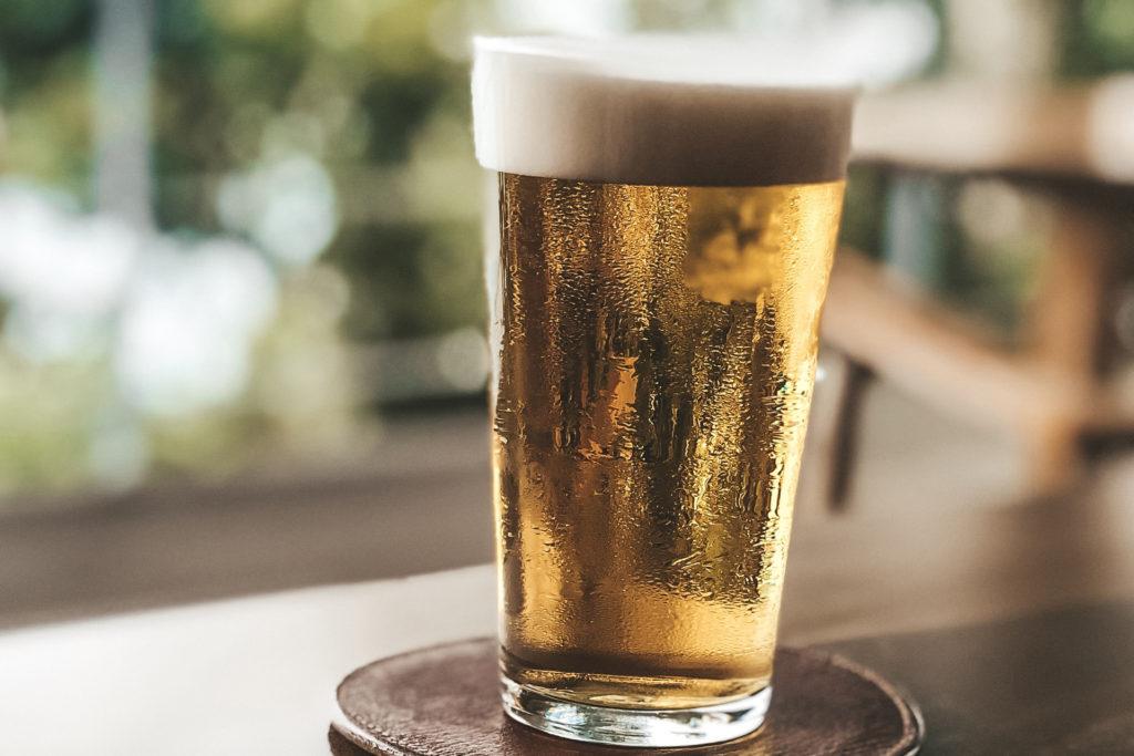 愛とんソーセージはビールに合う